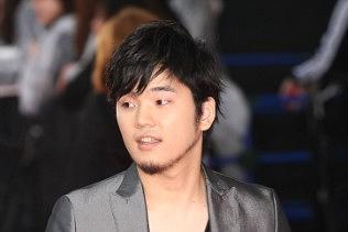Motohiro Hata