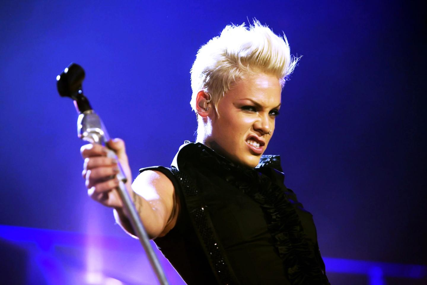 Pink Tickets | Pink Tour 2019 and Concert Tickets - viagogo