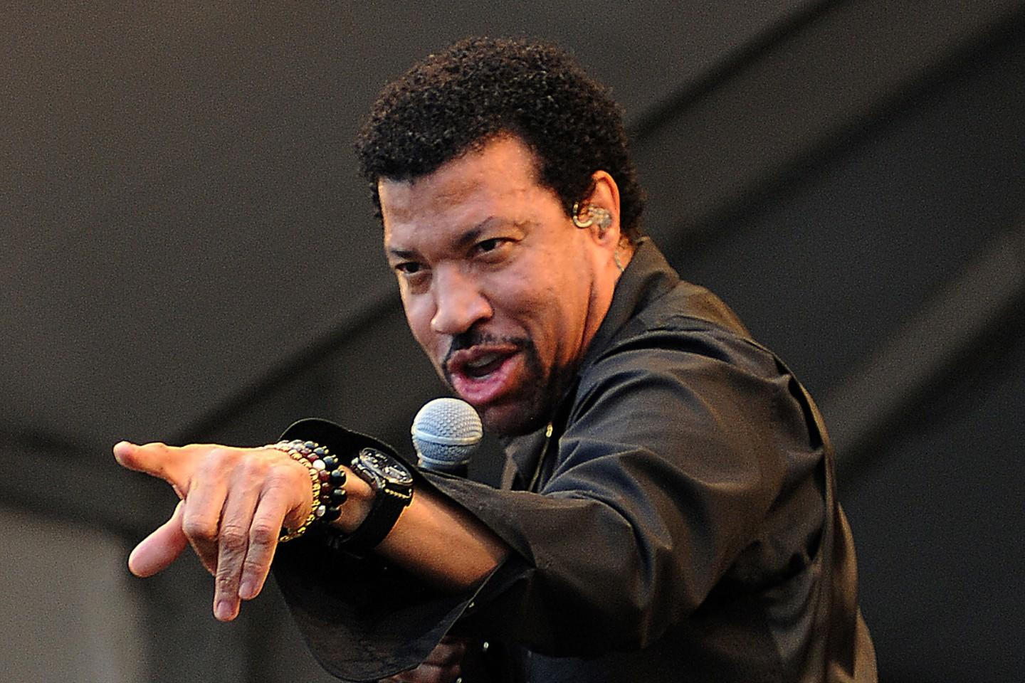Lionel Richie Tour 2020 Lionel Richie Tickets | Lionel Richie Tour Dates 2020 and Concert