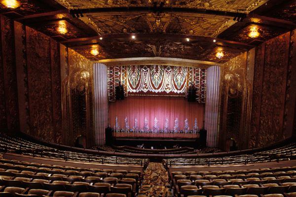 Franco Escamilla Paramount Theatre Oakland Oakland Tickets Sat Aug 07 2021 Viagogo